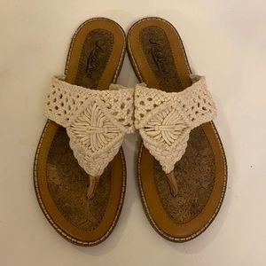 Lucky brand macrame crochet thong sandal